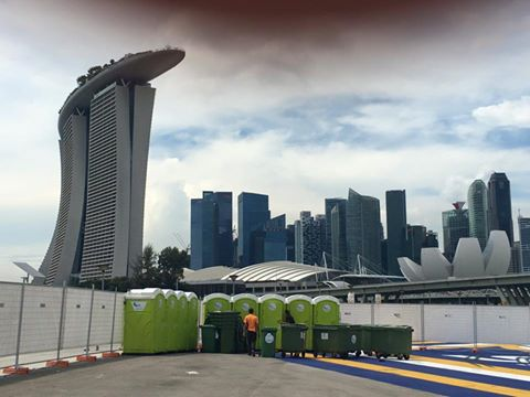 Qool Enviro portable toilet in osim sundown marathon 2015 singapore